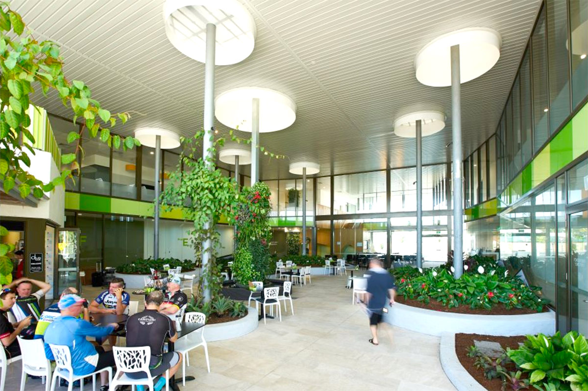 5 projects bringing hospitality into hospitals interior for Architecture firms jackson ms